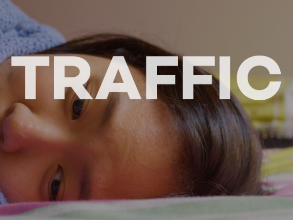 <span>Traffic (film)</span><i>→</i>